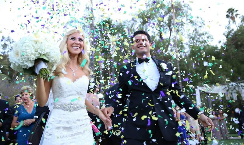 Confetti bruidspaar - regels locatie bruiloft