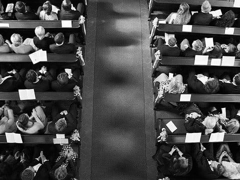 Trouwlocatie - bruiloft in kerk 2