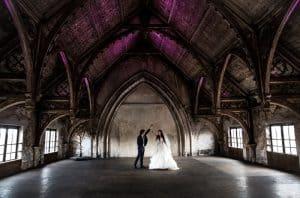 Bruidsfotograaf Utrecht, bruidspaar kerk, Ronald