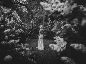 Bruiloft fotograaf Amersfoort - Wouter, bruid in bos