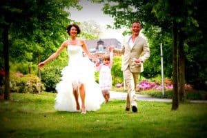 Betaalbare huwelijksfotograaf Amsterdam, bruidspaar met kind, Peter