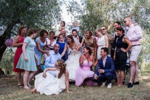 bruidsfotograaf-almelo-spontane-familiefoto-bruiloft-jacqueline