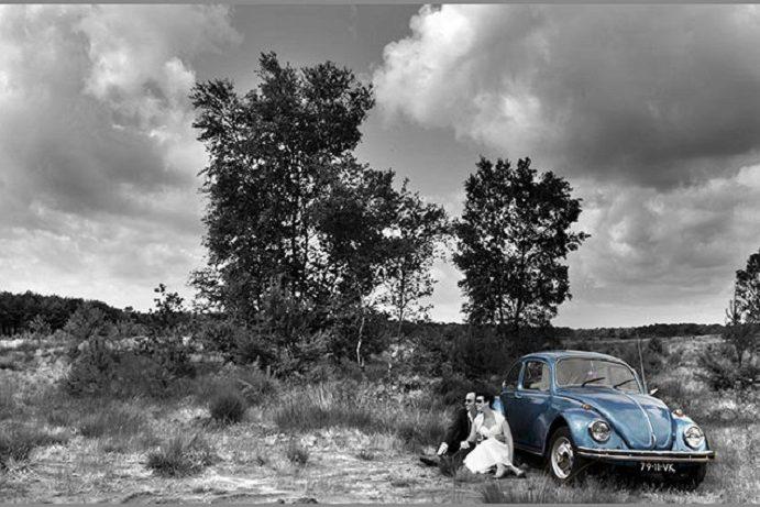 goedkope-bruidsfotograaf-roermond-trouwauto-kever-heide-ruud