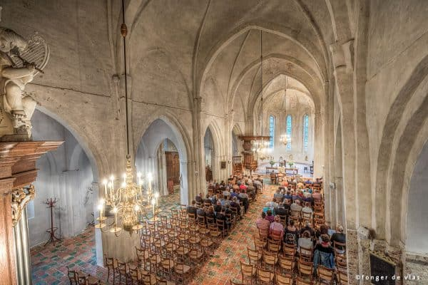 Goedkope bruidsfotograaf Drachten ceremonie bruiloft kerk, Fonger
