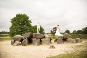 Goedkope trouwfotograaf Assen, Hunnebedden Drenthe trouwreportage, Lex