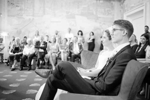 Goedkope trouwfotograaf Drachten, ceremonie gemeentehuis, Lex