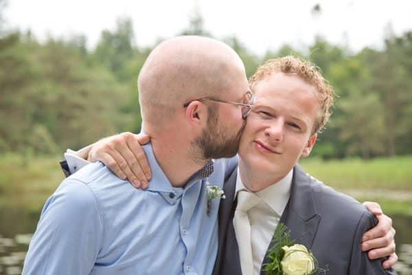 Goedkope trouwfotograaf Heerenveen Friesland, bruidegom getuige, Lex
