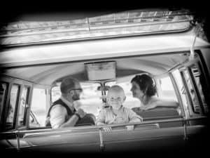 bruidsfotograaf-limburg-trouwauto-kinderen, Eric