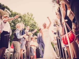 14. Ceremonie huwelijk, Friesland, Dokkum, net getrouwd, Nickie