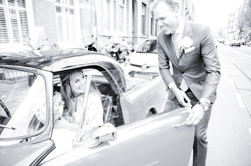 Fotograaf builoft, bruidsauto, Bunschoten, Mijntje
