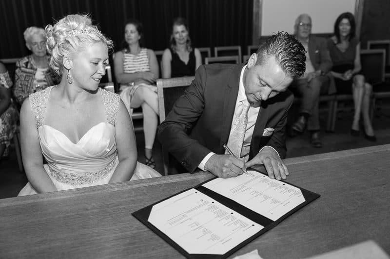 Trouwfotograaf Hoofddorp, ceremonie bruiloft, Peter