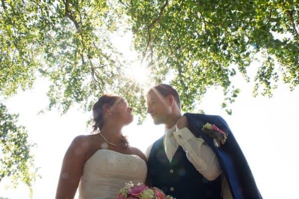 Trouwfotograaf Breda, bruidspaar bos, Michelle